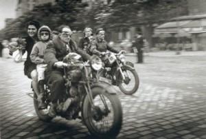 Doisneau's motocyclistes