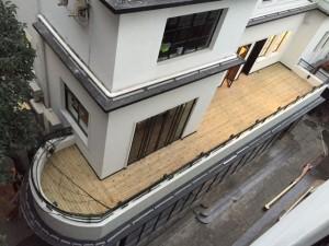 Art Deco balcony